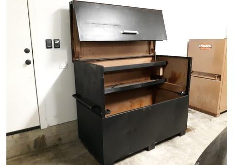 Knaack box