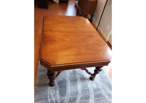Dining table, extendable, antique english walnut
