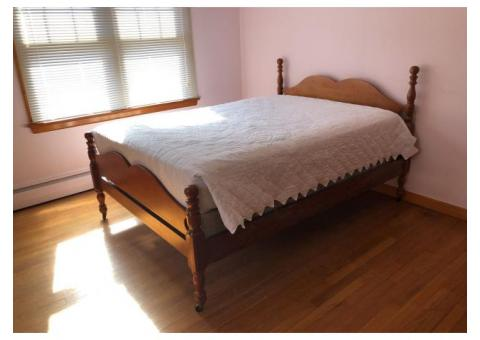 Antique Double/Full size wood bed frame - head board and foot board